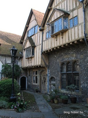 WINCHESTER, Hampshire, UK - Cheyney Court