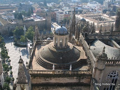 Cathedral, SEVILLE, Spain - This is how it looks from the top.